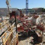 Les travaux du Parc des Ateliers du campus LUMA, l'un des grands chantiers arlésiens. Crédits : DR