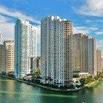 La « gated community » de Brickell Key à Miami (Floride). Crédits : Marc Averette / Flickr