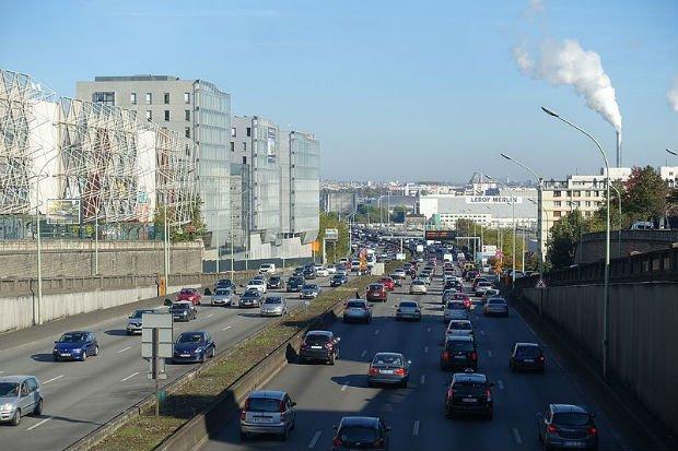 Vue du boulevard périphérique à Ivry-sur-Seine