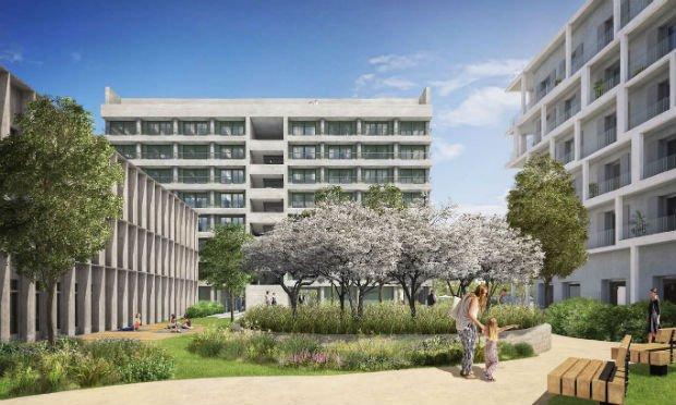 L'espace de santé (à gauche) est ouvert sur le jardin thérapeutique