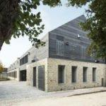 Maison du Parc naturel régional du Gâtinais construit avec des matériaux biosourcés locaux