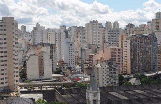photographie d une ville terne