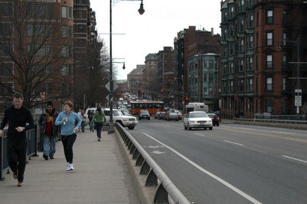 Le bon vieux jogging en bord de route